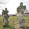 Фігури біля костелу, с. Крисовичі
