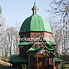 Деревянная церковь Св. Онуфрия с колокольней (1680, 1758 гг.)