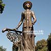 Памятник С. Крушельницкой